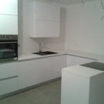 Kuchynska linka svetla 001